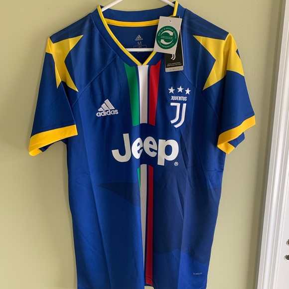 new styles 59b0a d6223 Juventus Training Soccer Jersey NWT